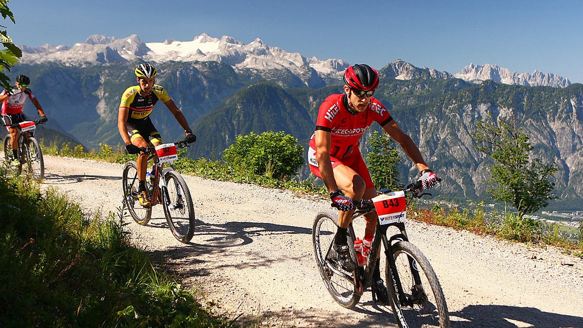 Mountain biking in Gosau in Upper Austria